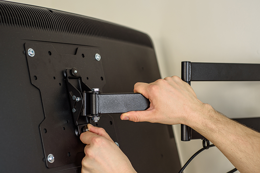 Why Should You Install A TV Bracket?